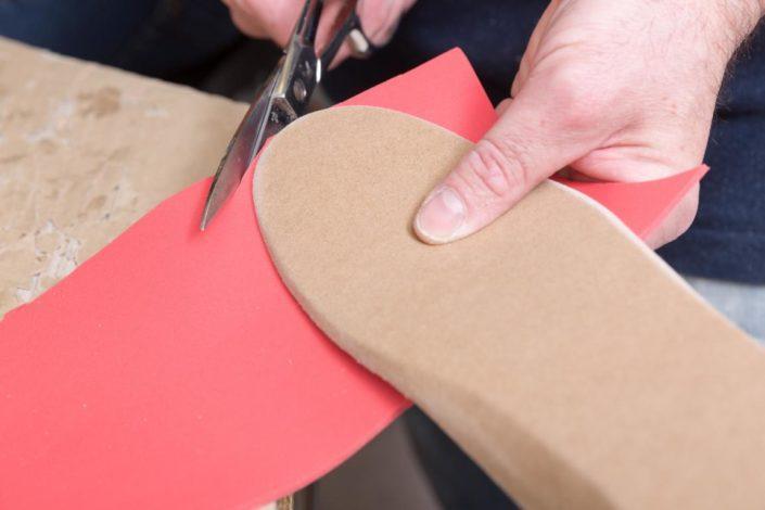 Fischer Orthopädie Einlagenversorgung Material zuschneiden